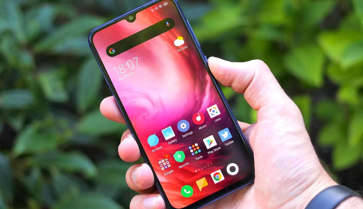 News Redmi Namekaet Na Vypusk Telefona S Malenkim Ekranom Vdohnovivshis Iphone 12 Mini 01