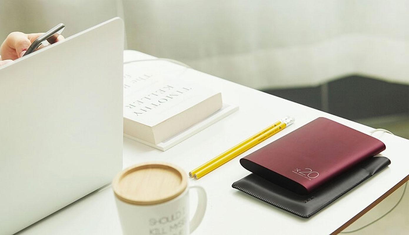 Opisanie Vneshnij Akkumulyator Power Bank Xiaomi Solove 20000 Mah S Kozhanym Chehlom A8 2 1