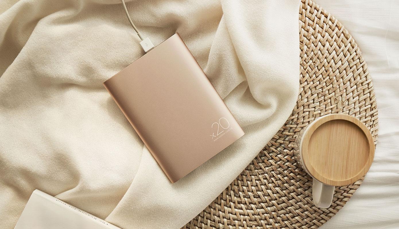 Opisanie Vneshnij Akkumulyator Power Bank Xiaomi Solove 20000 Mah S Kozhanym Chehlom A8 2 2