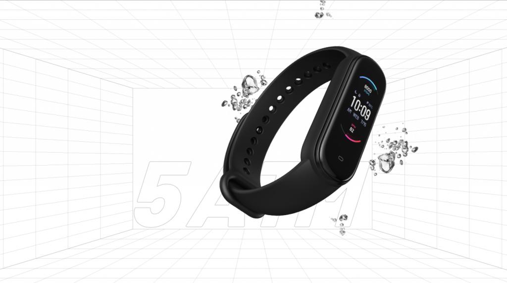 Opisanie Fitnes Braslet Xiaomi Amazfit Band 5 5