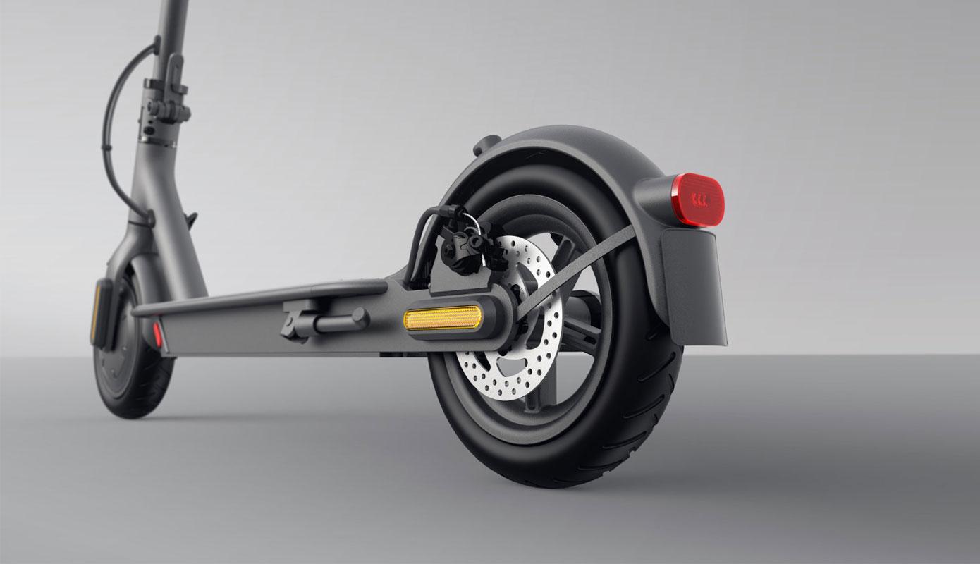Elektrosamokat Xiaomi Mi Electric Scooter Essential Lite Black Eu 3